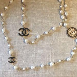 White & cream costume beads